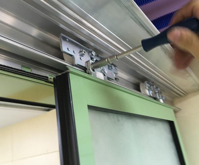 Сервисное обслуживание автоматических приводов для распашных дверей